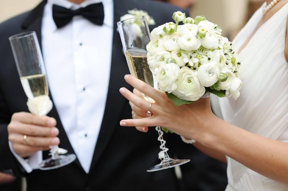 quantidade de bebidas ideal para uma festa de casamento